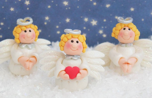 ангел из мастики