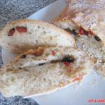 Чиабатта с оливками и вялеными помидорами (фото рецепт)