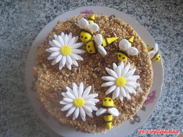 Пчелы из мастики (пошаговый фото урок)