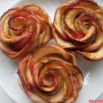 Розы из яблок в слоеном тесте (фото рецепт)