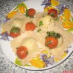 Равиоли со шпинатом и творожным сыром